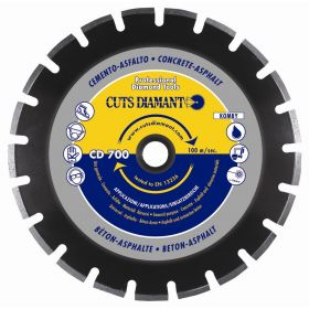 CD 700